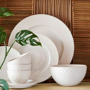 Kitchen & Dining Items